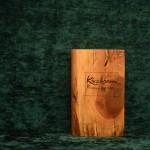 Kirsche Holzbuch bewegt