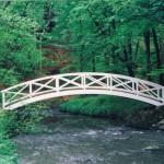 Brücke zum Denkmal des Ministers über die Röder im Seifersdorfer Thal