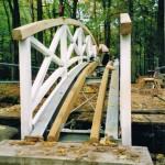 Brücke zum Denkmal des Ministers im Seifersdorfer Thal - im Bau