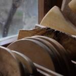 Holzbretter viele Detail vor Fenster
