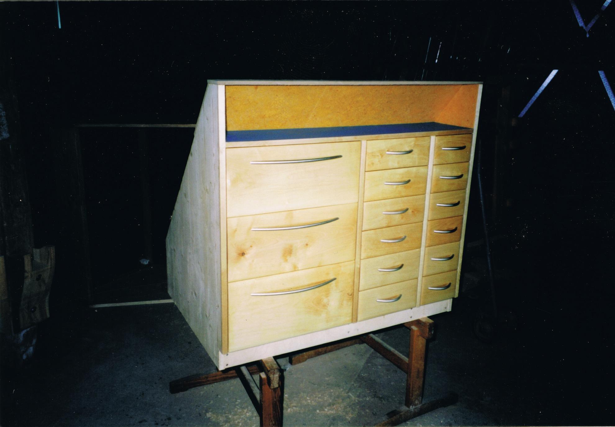 neue m bel holz gestaltung t rke. Black Bedroom Furniture Sets. Home Design Ideas